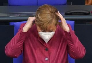 La Germania vuole comprare Sputnik da sola, ma aspetta l'ok dall'EMA