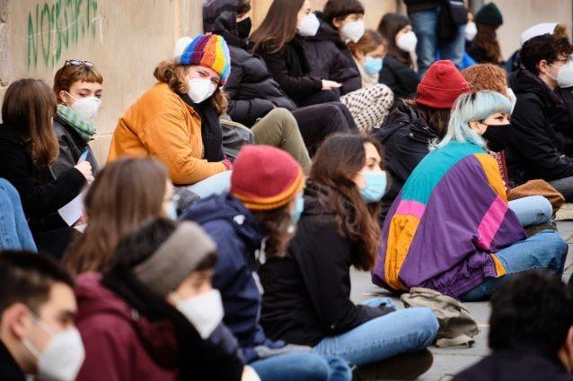 Una protesta di studenti contro la DAD