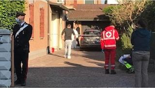 Reggio Emilia, va a trovare i genitori a casa e trova il padre morto e la madre gravemente ferita
