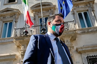 """Salvini spinge per la produzione dei vaccini anti-Covid in Italia: """"Troppi ritardi dall'Ue"""""""
