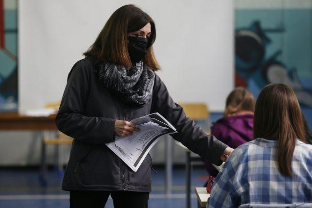 Il ministero dell'Istruzione conferma che non ci saranno i voti a docenti e presidi con test Invalsi