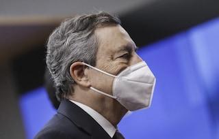 Governo pronto a eliminare obbligo di mascherina all'aperto: addio già da inizio luglio