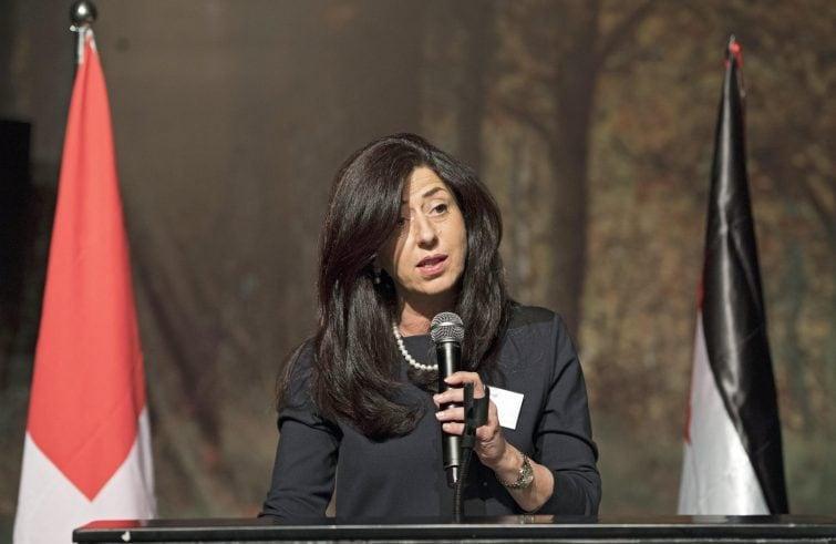 Abeer Odeh, ambasciatrice dello Stato di Palestina in Italia; dal 2015 al 2019 prima donna palestinese ministro dell'Economia