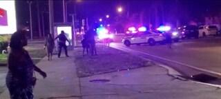 Florida, tre uomini armati sparano sulla folla prima di un concerto a Miami: 25 feriti e 2 morti