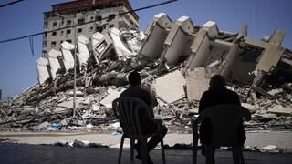 """L'allarme dell'Oxfam: """"Dopo i bombardamenti a Gaza mancano acqua, elettricità e ospedali"""""""