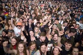 Prove di normalità a Liverpool: in cinquemila al concerto senza mascherina (ma con test anti Covid)