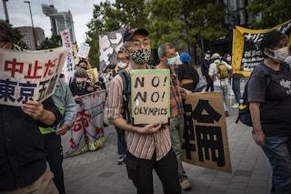 Covid, contagi in crescita in Giappone: il sindacato dei medici chiede di cancellare le Olimpiadi