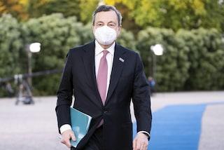 """Draghi annuncia: """"Dati incoraggianti, se continua così avanti con altre riaperture"""""""