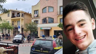 Accoltellata 17 volte: operata per 4 ore la mamma di Mirko, morto per salvarle la vita