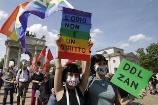 Gli italiani favorevoli al ddl Zan, tra loro anche molti cattolici ed elettori di centrodestra