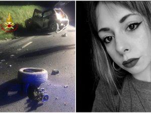 L'auto di Elisa Cesari dopo l'incidente (vigili del fuoco)