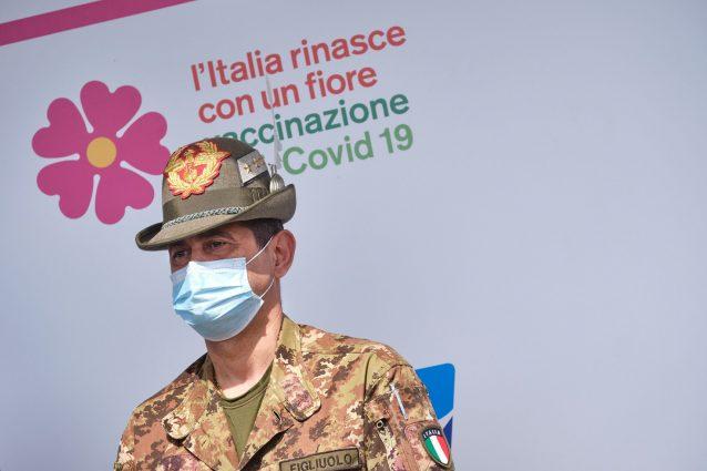 Vaccini: Calabria attiva prenotazione per gli over 40