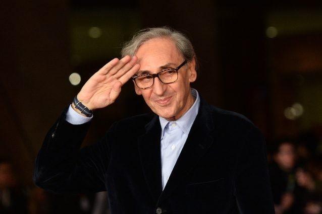 """L'omaggio della politica a Franco Battiato: """"Una perdita enorme per il Paese"""""""