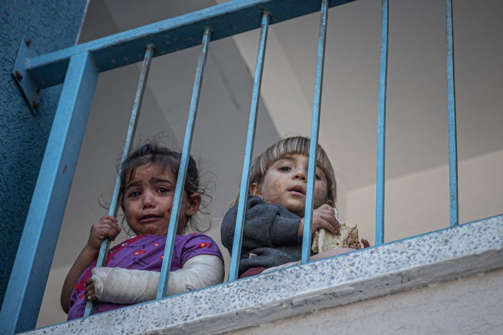Un'altra notte di raid israeliani
