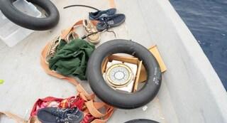 """Alarm Phone: """"Migranti su barconi in pericolo ma nessuno interviene, senza Ong spariscono nel nulla"""""""