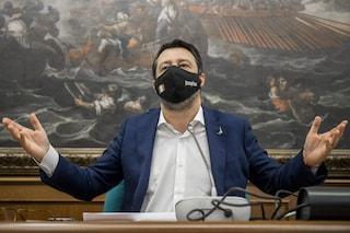 """Salvini annuncia: """"Lunedì mi vaccino, a differenza di altri colleghi non ho fatto il furbetto"""""""