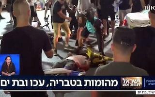 """""""Credevamo fosse palestinese"""": folla di coloni israeliani massacra un uomo in mezzo alla strada"""