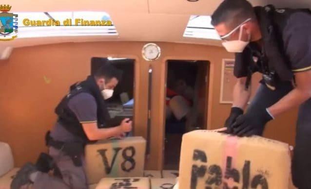 Palermo, Guardia di Finanza scopre 6 tonnellate di hashish a bordo di un veliero USA