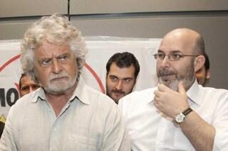 """Grillo a Crimi: """"Autorizza Rousseau al trattamento dei dati o sarai responsabile delle conseguenze"""""""