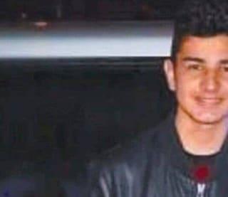 """Processo Alex Pompa, che uccise il padre violento. La madre: """"Ci ha salvato la vita, saremmo morti"""""""