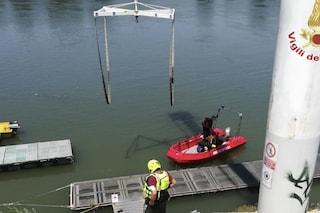 Tragedia a Boretto, si tuffano nel Po per recuperare una canna da pesca: un morto e un disperso