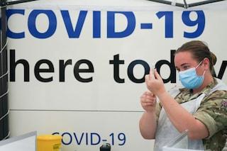 Covid, nel Regno Unito 30 milioni di immunizzati ma salgono i ricoveri: mai così tanti in 6 settimane