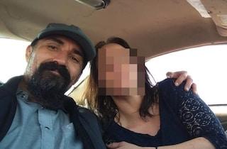 Picchia la fidanzata incinta, gruppo di adolescenti lo insegue, lo investe e lo uccide a bastonate