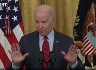 """Biden spiega agli imprenditori come fare per trovare lavoratori: """"Pagateli di più"""""""