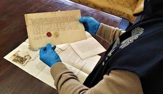 Il frate-traditore nella Confraternita, scoperta maxi truffa: recuperati documenti antichi per 2 milioni di euro