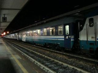 Venezia, il cane scappa sui binari e lui cerca di recuperarlo: 33enne ucciso da un treno in corsa