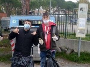 """Ravenna, 3mila euro di multa per aver fatto pipì in strada: """"Non ci sono bagni, non so come pagare"""""""