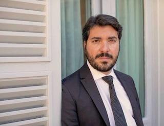 Il deputato Aiello aggredito: aveva denunciato i voti di scambio emersi dall'inchiesta di Fanpage.it