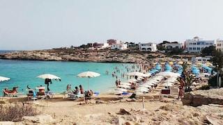 """Lampedusa, l'isola Covid-free sembra un miraggio: """"Focolaio d'estate? Sarebbe un inferno"""""""