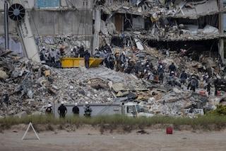 Palazzo crollato a Miami, 6 giorni dopo ancora 150 persone disperse: l'allarme inascoltato