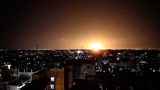Palestina lancia palloni incendiari, Israele risponde con raid su Gaza. Cosa sappiamo degli attacchi