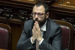 """Caos 5 Stelle, Patuanelli difende Conte dopo post Grillo: """"È una risorsa e continuo a pensarlo"""""""