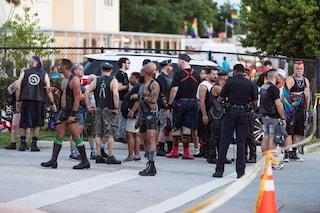 """Usa, camion contro parata del gay pride, un morto: """"Attacco terroristico alla comunità lgbt"""""""