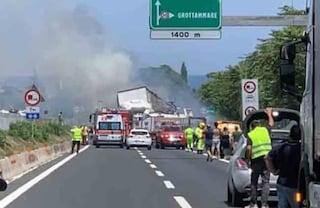 Incidente sulla A14: tir a fuoco, 2 morti e un ferito tra San Benedetto e Grottammare, 14 km di coda