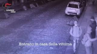 Torino, anziana imbavagliata, picchiata e sequestrata in casa: dopo 8 mesi arrestati i rapinatori