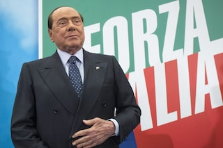 """Berlusconi ricoverato al San Raffaele per controlli post Covid: """"Valutazione clinica approfondita"""""""