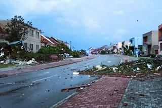 Tornado in Repubblica Ceca, distrutti villaggi e intere città senza corrente: 5 morti e 200 feriti