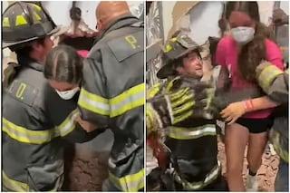 Il fratello la blocca per sbaglio nello spogliatoio del negozio: 14enne salvata dai vigili del fuoco