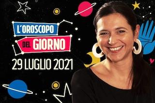 L'oroscopo di giovedì 29 luglio 2021: energie incontenibili per Leone e Ariete