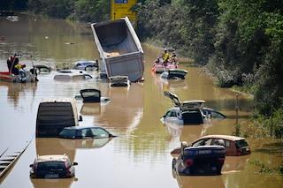 Alluvione in Germania, le vittime salgono a 165. Polemica sulla lentezza nella risposta all'allerta