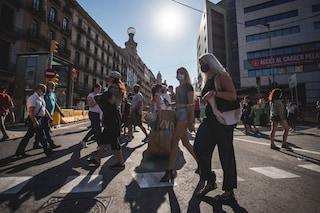 Spagna e Portogallo travolte dalla variante Delta: boom di nuovi contagi, ritornano le restrizioni