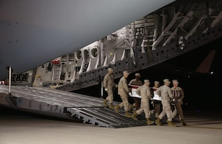 Gli USA via dall'Afghanistan il 31 agosto: più di 2mila soldati morti e talebani alle porte di Kabul