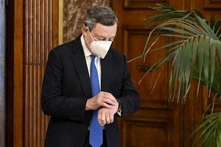 """Perché Draghi ha deciso di sospendere il cashback: """"Favorisce i ricchi"""""""