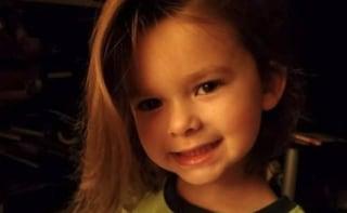 """Usa, bimbo di 5 anni muore per Covid. Dolore del papà poliziotto: """"Ho perso il mio migliore amico"""""""