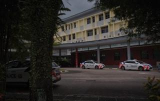 Orrore a Singapore, 16enne uccide 13enne nel bagno della scuola a colpi di ascia