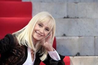 """Sergio Mattarella sulla scomparsa di Raffaella Carrà: """"Sono colpito, artista popolare e amata"""""""